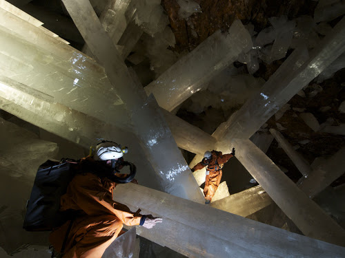 giant-crystal-cave-1.5037.jpg