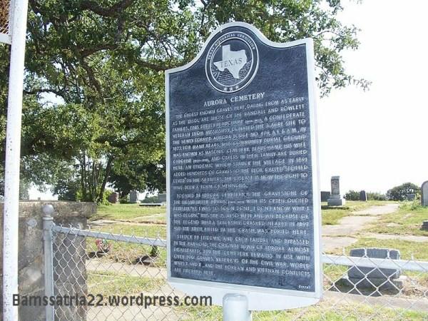 800px-aurora_cemetery_plaque-001.jpg