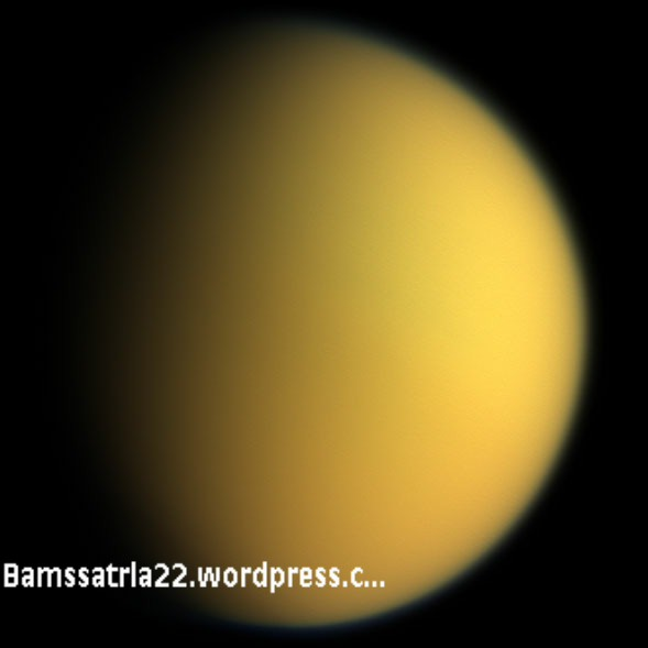 titan_in_natural_color-001.jpg