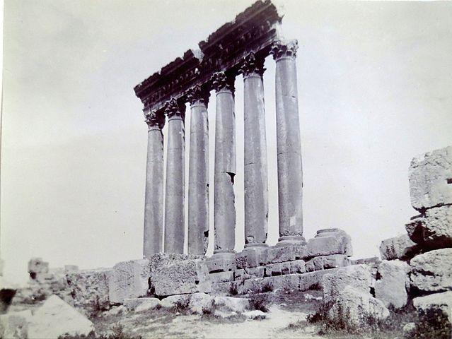 639px-ruins_of_a_baalbek_temple,_1891.jpg