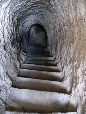 escape tunnel.jpg